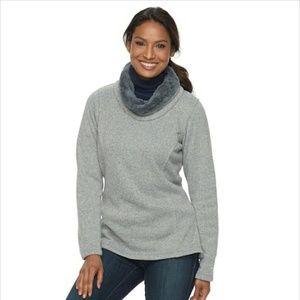 NWT Columbia sweater